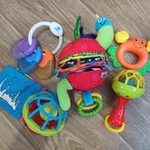 Первые игрушки для малыша, как новые