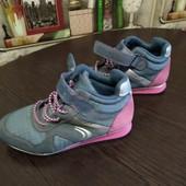 Високі кросівки Clark's дуже зручні і гарні