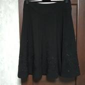 Фирменная новая красивая юбка расшитая стеклярусом р.14-16