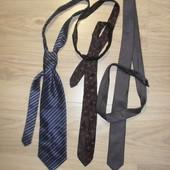 В лоте 3 галстука!!!