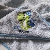 Махровий пухнастий добротний банний куточок для малюків 82*77 європейська якість за приємну ціну