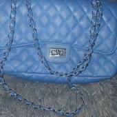 Красивая  модная сумочка