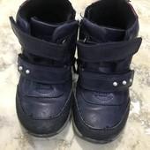 Ботинки на холодную погоду размер 22, утеплённые флисом