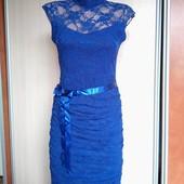 Нарядное платье Valentin 48р. состояние нового