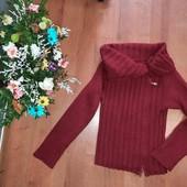 красивый и теплый свитер/кофта(смотрите фото и описание)