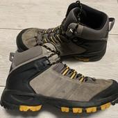 Отличные ботиночки Adidas оригинал 38,5 размер стелька 24,5 см