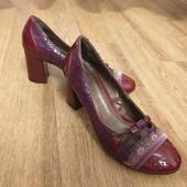 Туфли. 1 пара на выбор. 36 размер