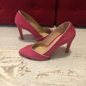 Туфлі із натуральної замші,від Minelli,розмір 36