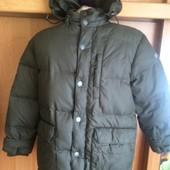 Куртка, холодная весна, 80%пух+20%перо, 8 лет 128 см, Invicta. состояние отличное