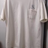 Фирменная футболочка, безшовная. 100% коттон, Состояние хорошее. Р-р XL-xxl