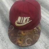 Стильная бейсболка, кепка, объем 58 см.