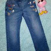 Шикарные фирменные джинсы в идеале,для девочки 3-4 годика