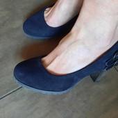 Туфли под замш С & A, 23,5 см
