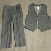 Костюм джентльмену на 2-3 года (жилетка и брюки)