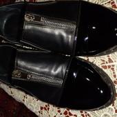 Крутые туфли в отличном состоянии. Кожа.