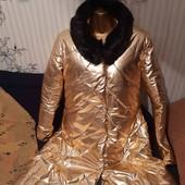 Очень стильное, новое золотое пальто,размер 48-50 или L-XL.