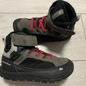 Отличные термо ботиночки Quechua waterproof 30 размер стелька 19 см