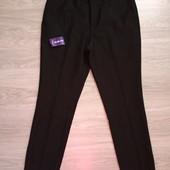Фирменные новые красивые мужские брюки р.32S на пот-40,5-42, поб-53-54 полиэстер вискоза