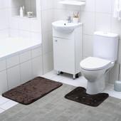Очень красивый набор ковриков для ванной комнаты и туалета