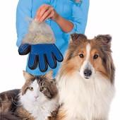Перчатка для вычесывания шерсти животных «True Touch»