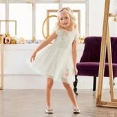 Милое воздушное платье на девочку Lupilu Германия размер 110/116