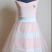 Нежное и лёгкое нарядное платье на рост 134-140см
