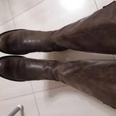 Брендові шкіряні чобітки