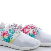 Новые детские кроссовки 32