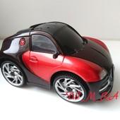 Новый игрушечный автомобиль свет, музыка, движения в разные стороны
