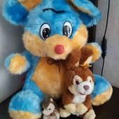Мышка-ушки шелестят,  зайчик и ежик