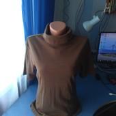 Женская футболка с горловиной, р.(48-50)