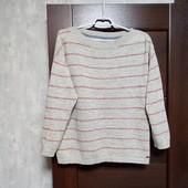 Фирменный коттоновый свитерок в хорошем состоянии р.14-16.