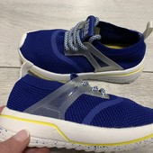Крутые кроссовки Zara kids 28 размер стелька 18 см