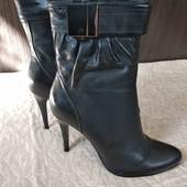 Новые, натуральная кожа, деми ботиночки на узкую ножку