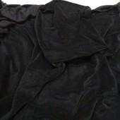 Плотний добротний якісний пухнастий брендовий плед з мікрофібри у хорошому стані 210*140 чорний колі