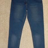 стильные женские джинсы скинни от Intertek