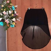 очень красивая юбка(смотрите фото и описание)