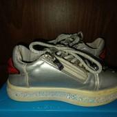 Стильные кроссовки на девочку, р.26- 15.3 см