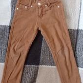 Детские джинсы. На 5 лет.