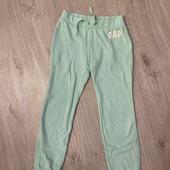 Классные спортивные штаны GAP