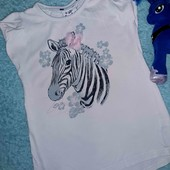 Красивая футболочка,на девочку 5-6 лет