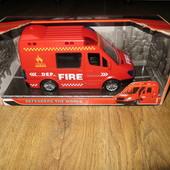 Пожарная машина со звуком сирены
