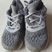 Лёгкие кроссовки Adidas 24 размер
