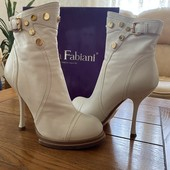 Бомбезні черевички Sasha Fabiani , натуральна шкіра, читаєм опис