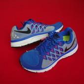 Кроссовки Nike Vomero 9 оригинал 36-37 разм