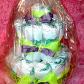 Тортик из подгузников.Отличный подарок для новорожденного на крестины и тд