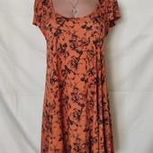 Свободное платье из тонкого трикотажа,с удлиненной спинкой,m/L