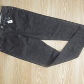 Черные стрейчевые джинсы от esmara р.40 евро