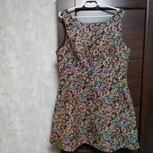 Фирменное красивое платье в хорошем состоянии р.16-18