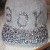 Вау!скоро весна!Новая кепка ( с ангорой) Унисекс (56р)серая.со стразами.супер крутая.
